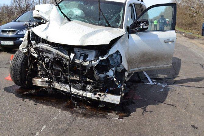 При столкновении двух автомобилей Toyota под Тамбовом погибли два человека (5).jpg