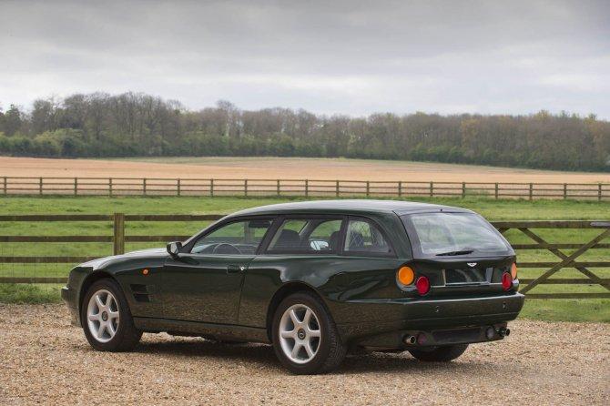 Купеобразный Aston Martin V8 Sportsman будет продан на аукционе (2).jpg