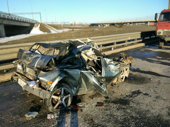 В ночном ДТП на КАД погиб водитель (2).jpg