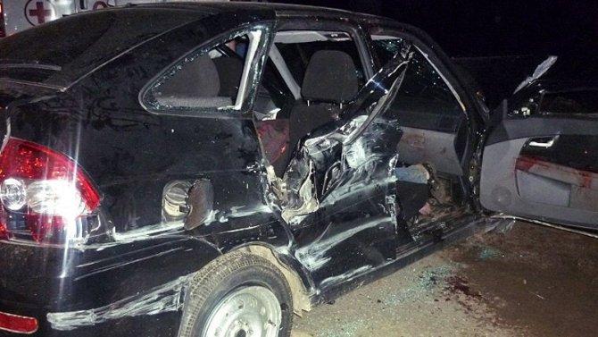 В Саратове водитель «Лады» сбежал после ДТП, оставив в салоне раненого пассажира