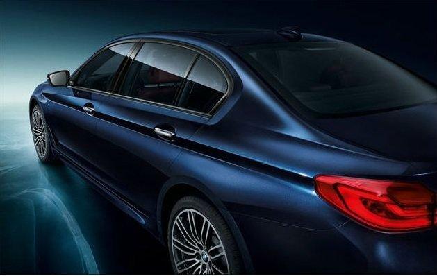 В Сети появились официальные фотографии удлиненного седана BMW 5-Series Li (5).jpg