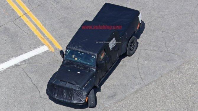 Снимки нового поколения пикапа Jeep Wrangler попали в Сеть (1).jpg