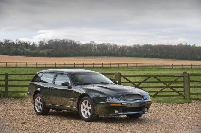 Купеобразный Aston Martin V8 Sportsman будет продан на аукционе (1).jpg