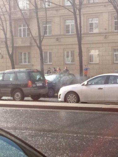 В Петербурге в ДТП на проспекте Стачек пострадали два человека (2).jpg