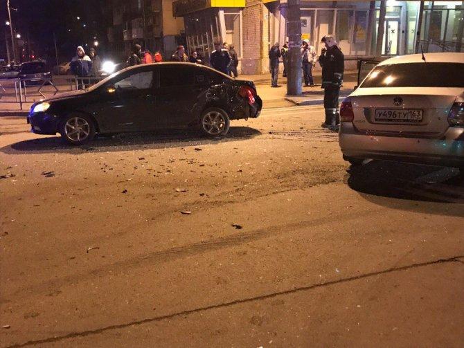В Самаре пьяный водитель Volkswagen Polo уходил от экипажа ДПС и устроил ДТП