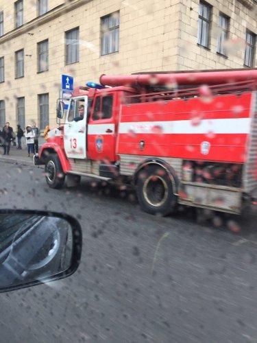 В Петербурге в ДТП попала «скорая помощь» (2).jpg