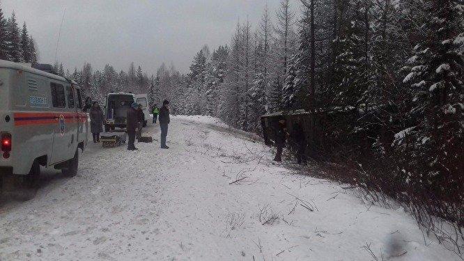 ДТП с участием рейсового автобуса произошло в Свердловской области