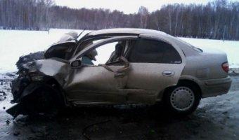 Под Омском в ДТП с маршруткой погибла 5-летняя девочка