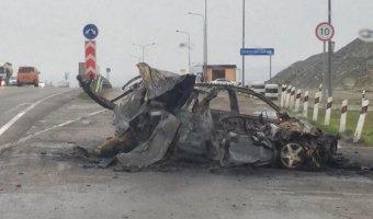 В Новороссийске после ДТП в машине сгорел молодой человек