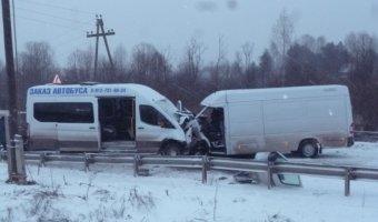 Под Кировом столкновение двух маршруток: один человек погиб, более десятка пострадавших