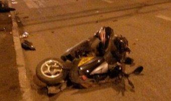 В ночном ДТП с Саратове погибла 17-летняя скутеристка