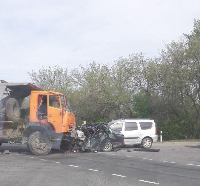 Молодой водитель ВАЗа погиб в ДТП в Бессоновском районе (1).jpg