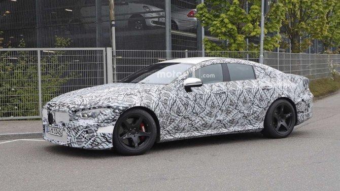 На тестах снова замечен седан Mercedes-AMG GT (2).jpg