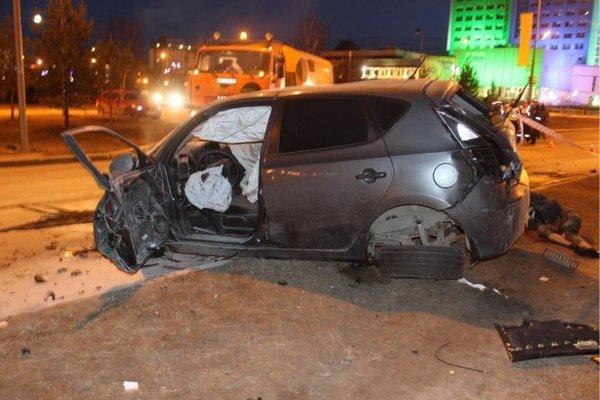 В ночном ДТП в Сургуте погибли два человека (1).jpg