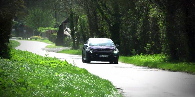 Спортивную версию Hyundai i30 испытывают на дорогах общего пользования.jpg