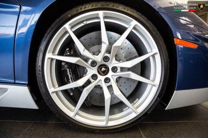 Lamborghini Aventador Miura Homage (6).jpg