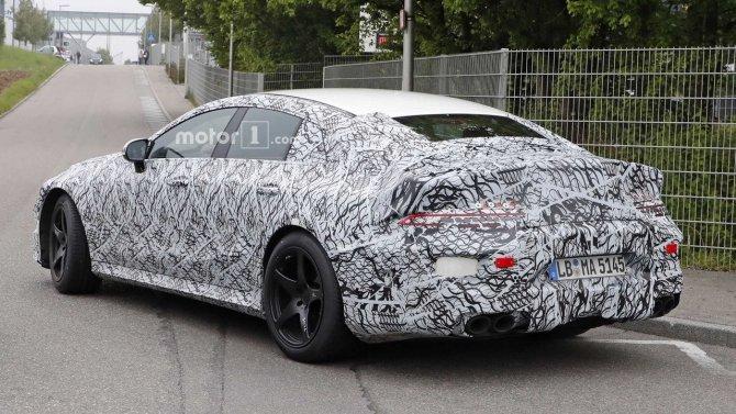 На тестах снова замечен седан Mercedes-AMG GT (4).jpg