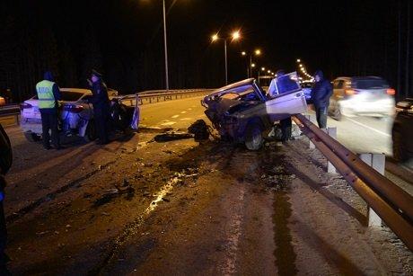 В ДТП в Ханты-Мансийске погиб водитель ВАЗа (1).jpg