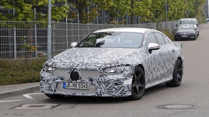 На тестах снова замечен седан Mercedes-AMG GT (1).jpg