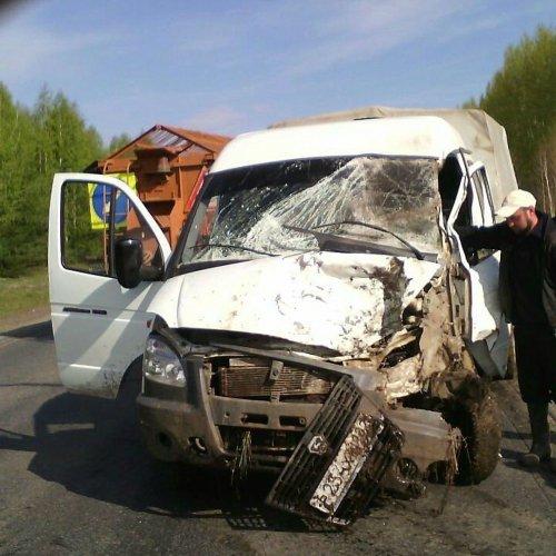 В Башкирии в ДТП с двумя «Газелями» погиб таксист (1).jpg
