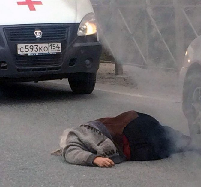 Под Новосибирском Toyota насмерть сбила женщину.jpg