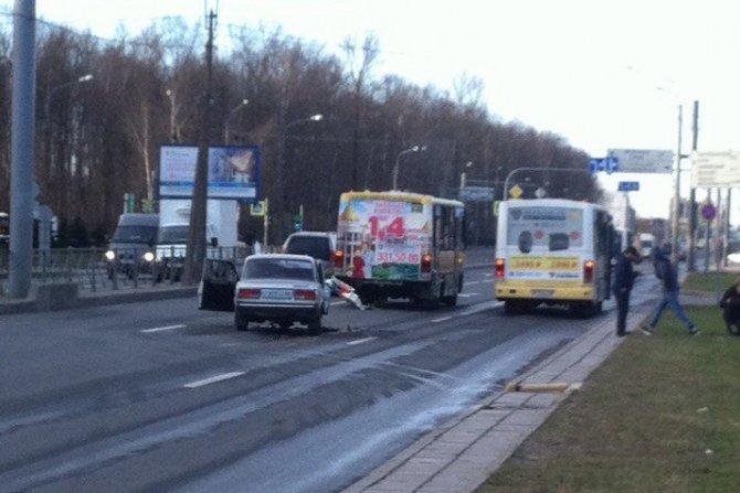 Водитель «Жигулей» попал в реанимацию после ДТП в Петербурге (1).JPG