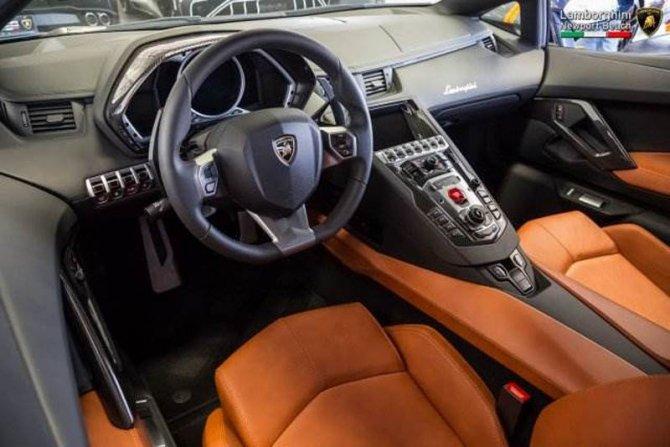 Lamborghini Aventador Miura Homage (4).jpg