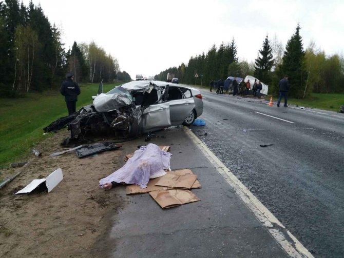 На трассе Иваново-Кострома в ДТП с «Газелью» погиб человек (1).jpg
