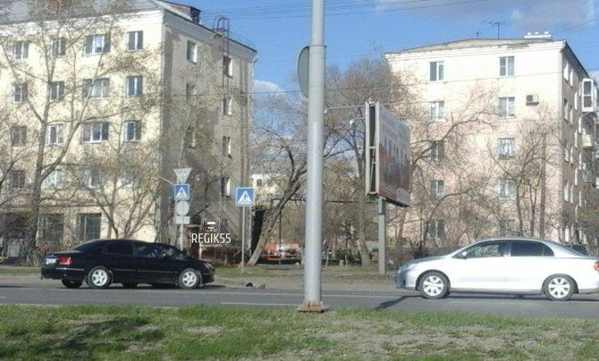 ДТП на Иртышской набережной в Омске (3).jpg