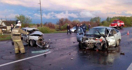 Под Тольятти в ДТП с двумя ВАЗами погибли оба водителя (1).jpg