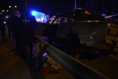 В ДТП в Ханты-Мансийске погиб водитель ВАЗа (4).jpg
