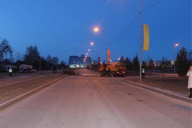 В ночном ДТП в Сургуте погибли два человека (3).jpg
