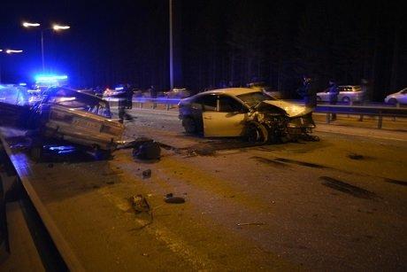 В ДТП в Ханты-Мансийске погиб водитель ВАЗа (2).jpg
