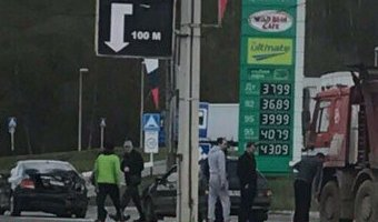 В Смоленске на проспекте Строителей произошло тройное ДТП