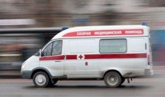 На востоке Москвы грузовик сбил женщину с двумя детьми на переходе