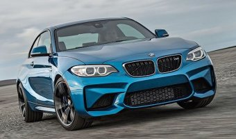 Появились фотографии обновленного купе BMW M2