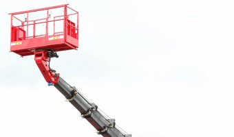 Аренда телескопической автовышки – безопасность и комфорт