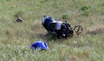 Водитель и пассажирка мотоцикла погибли в ДТП на Алтае