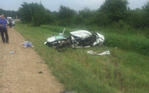 На Кубани в ДТП с грузовиком погибли два молодых человека.jpg