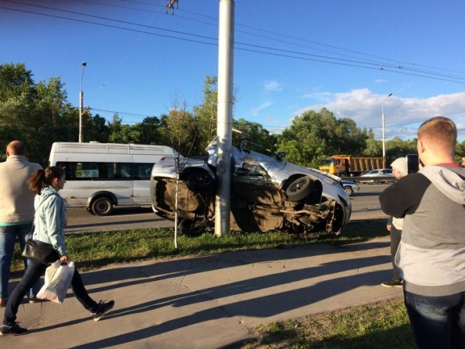 В массовом ДТП на Московском шоссе в Рязани пострадали три человека (4).jpg