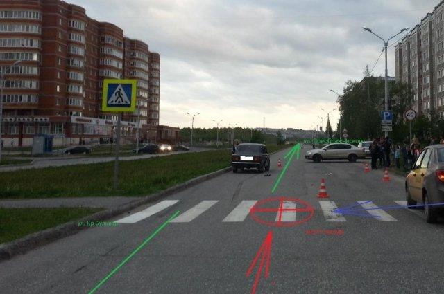 В Соликамске 19-летний водитель сбил двух детей на переходе.jpg