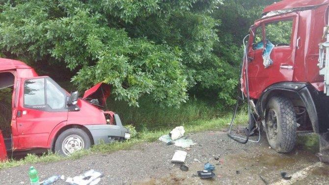 В ДТП с КАМАЗом на Ставрополье погибли два человека (2).jpeg
