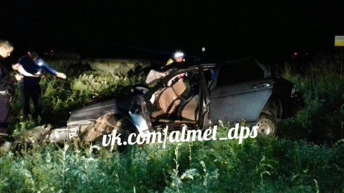 Три человека погибли в ДТП в Заинском районе Татарстана (2).jpg