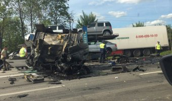 В массовом ДТП с грузовиками под Владимиром погибли два человека