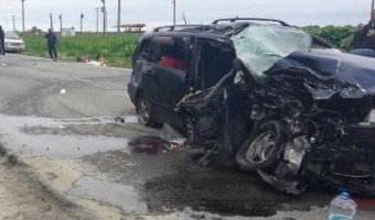 В лобовом ДТП на Сахалине погибли женщина и двое детей