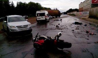 В Липецке в ДТП погибли мотоциклист с пассажиром