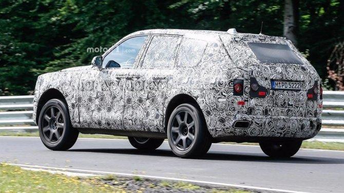 Rolls-Royce тестирует новый внедорожник Cullinan на трассе Нюрбургринг (3).jpg