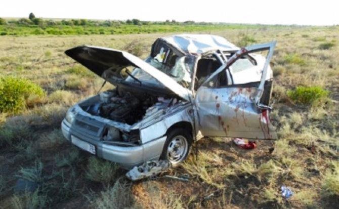 Братья-близнецы разбились в ДТП в Астрахани один погиб (1).jpg
