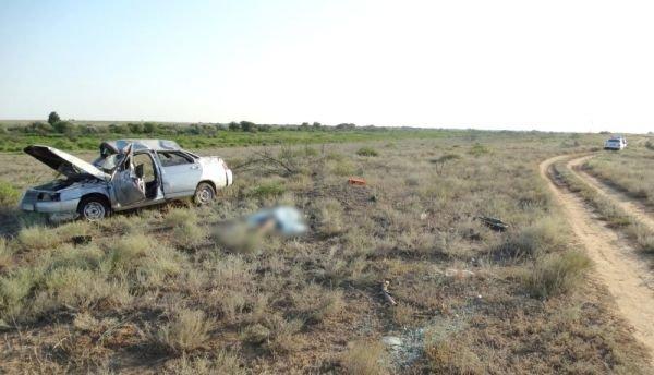 Братья-близнецы разбились в ДТП в Астрахани один погиб (2).jpg