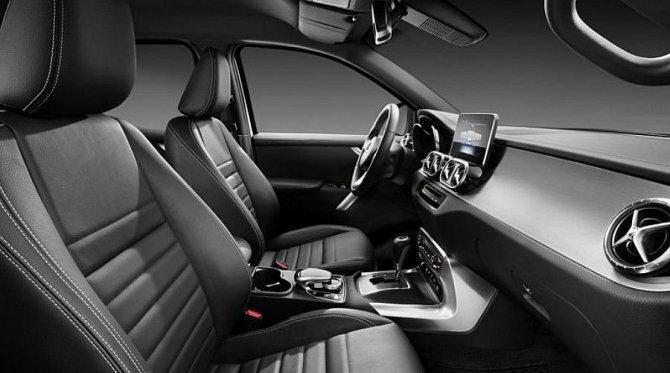 Пикап Mercedes-Benz X-Class представлен официально (7).jpg